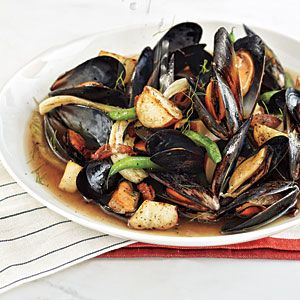 Budget Meal Plan: $50, 5 Meals, 4 People | Mussels Steamed with Bacon, Beer, and Fennel | CookingLight.com