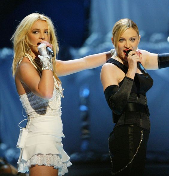 Madonna - Britney Spears (2003)