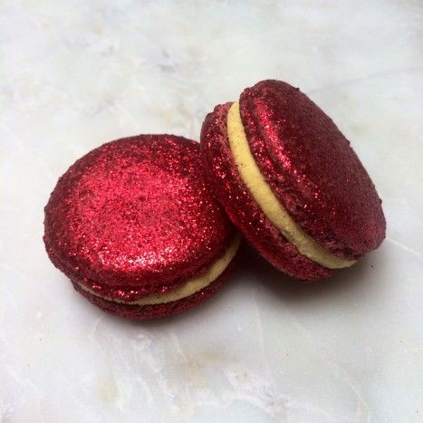 Coudn't resist, had to order them. #TreatYoSelf -- Hedwig Schmidt Macarons (14 pieces) - Macarons