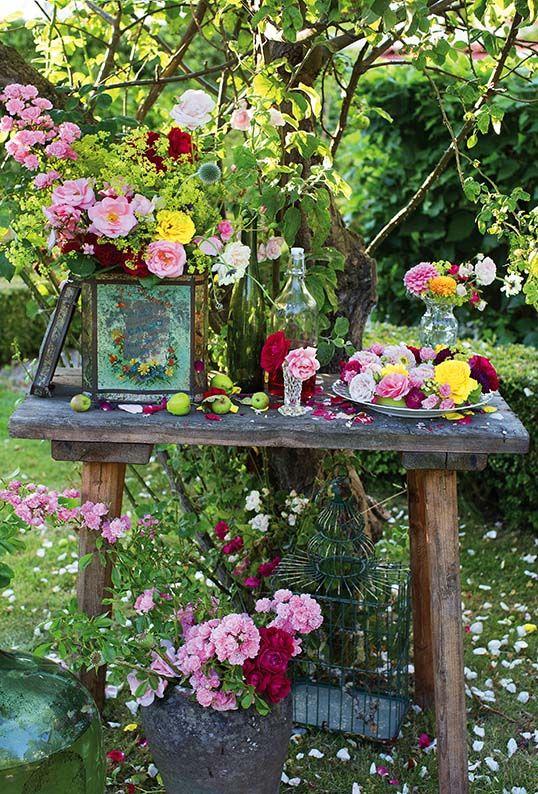 Ozdoby Ogrodowe Zrob To Sam Szukaj W Google Garden Containers Outdoor Gardens Country Gardening