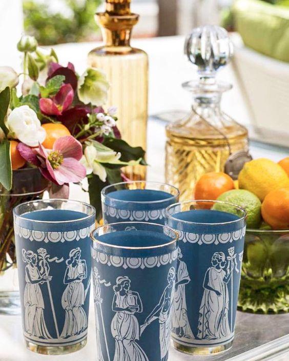 Que maravilha esses copos da @traditionalhome  #olioliteam #latabledegiselle  #wishlist #collection