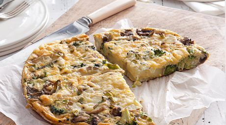 Curtis Stone and Lauren Mitchell tackle Lauren's Broccoli, Potato and Smoked Cheddar Frittata.