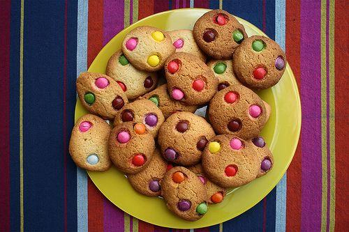 Dolci per le feste di compleanno, i cookies agli smarties