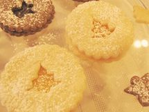 German Linzer Cookies
