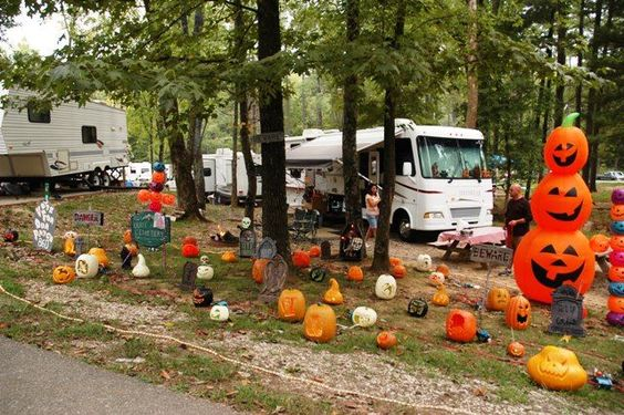 Decorating Ideas > Top Halloween RV Decorations To Spookify Your Camping  ~ 161501_Halloween Decorating Ideas Campground