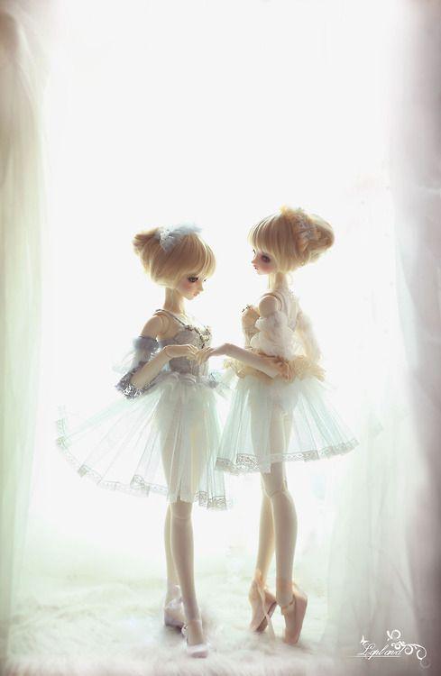 女子向け壁紙二人のバレリーナ
