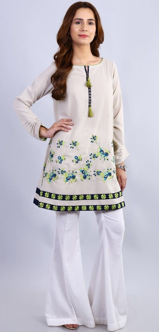 Stitching Styles Of Pakistani Dresses white boot cut trouser