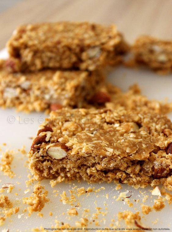 Barres granola fondantes aux amandes et à la noix de coco