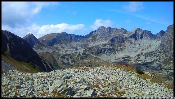 Tatry Wysokie / Poland / Panorama / Polskie góry Tatry / Góry / Tatra Mountains #Tatry #Tatra-Mountain #Góry #szlaki-górskie #piesze-wędrówki-po-górach #szczyty-górskie #Polska #Poland #Polskie-góry #Szpiglasowy-Wierch #Szpiglasowa-Przełęcz #Zakopane #Tatry-Wysokie #Polish Mountains #Morskie Oko #Czarny-Staw #na -szlaku-z-Doliny-Pięciu-Stawów-poprzez-Szpigla sową-Przełęcz-i-Szpiglasowy-Wierch-do-Morskiego-Oka #turystyka górska