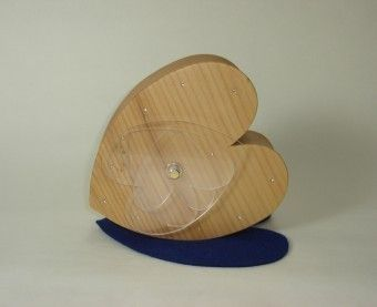 Clock: Hearts Material: Pine All the hands are transparent acrylic heart plates moving layered
