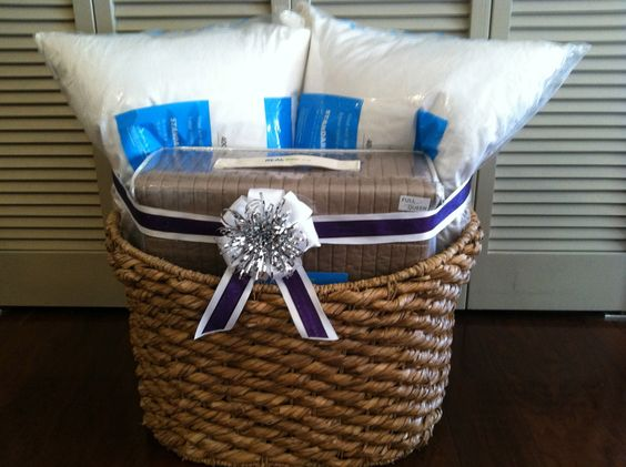 How To Wrap A Wedding Gift Basket : Gift Baskets, Hand, 3/4 Beds, Gift Ideas, Bridal Shower Ideas, Bridal ...