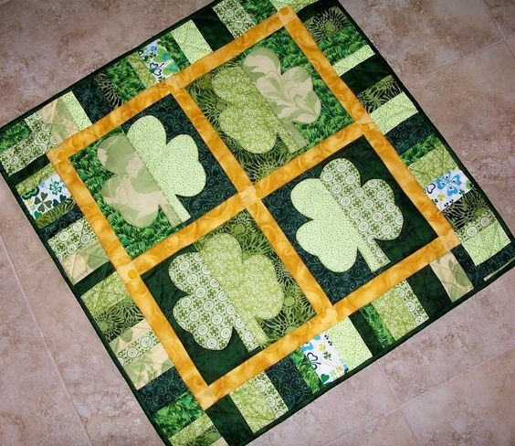 ~ Shamrocks St. Patrick's Day Quilt