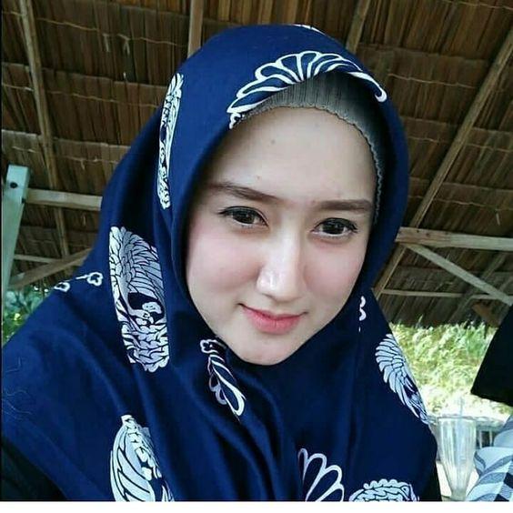 Jual jilbab segi empat di Banda Aceh