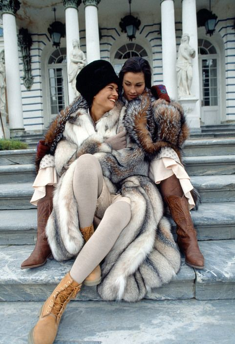 Ferdinando Scianna 1987 RUSSIA, Leningrad: fashion story before the fall of Communism