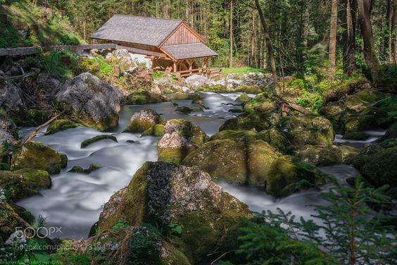 Mühle am Gollinger Wasserfall by neunzehn79