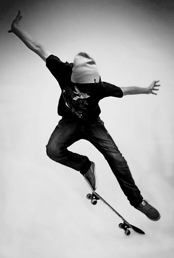 鳥のようなスケートボード