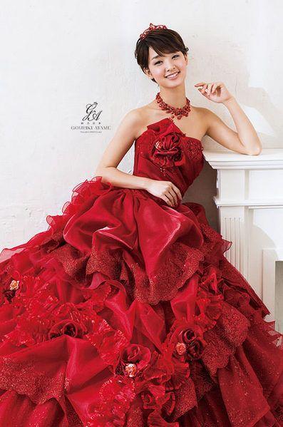 赤ドレスの剛力彩芽