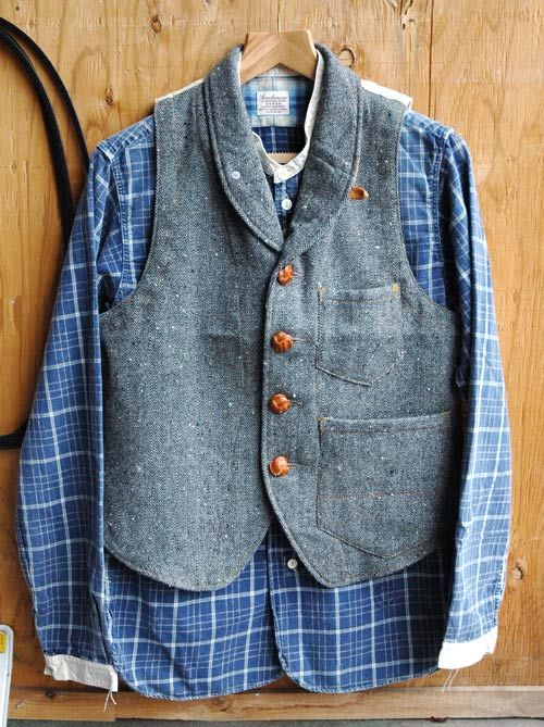 "ANACHRONORM ""Original Herringbone Tweed Shawl Collar Work Vest""  ANACHRONORM ""L/S Stand up Collar Work Shirt"""