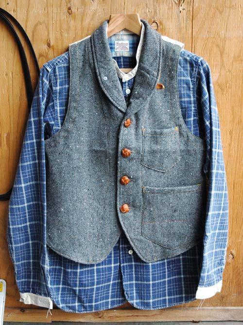 "ANACHRONORM ""Original Herringbone Tweed Shawl Collar Work Vest""  ANACHRONORM ""L/S Stand up Collar Work Shirt"""