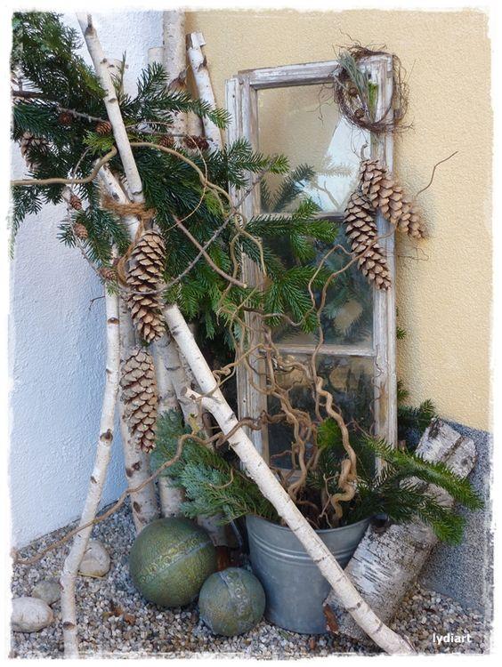 Winterdeko mit altem fenster wohnen und garten foto weihnachtsdeco pinterest garten - Winterdeko balkon ...