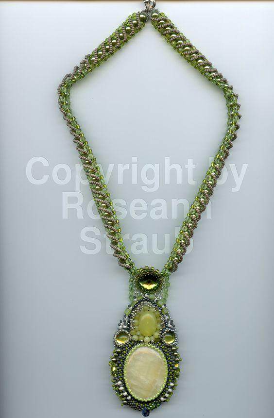 Roseann Straub's Queen Mary's Green (Beads)