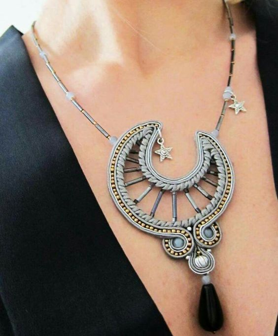 Moon soutache. Design Giada Zampar -Opificio77-: