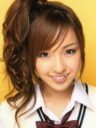 Japanese pop star fashion | Japanese pop star Itano Tomomi ...
