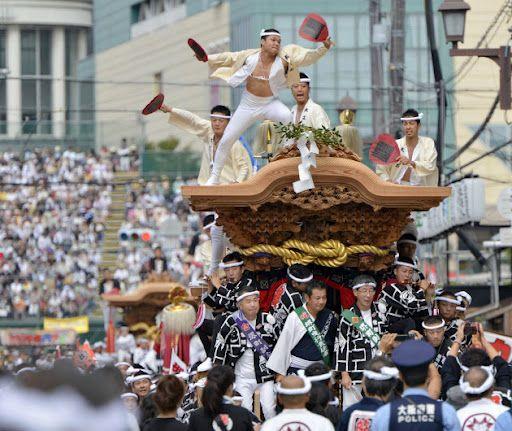 大阪・だんじり祭りの男たち