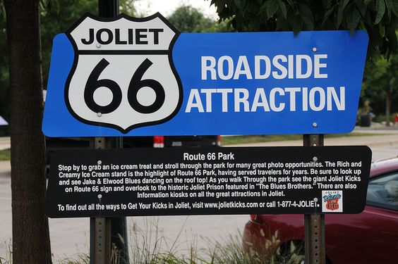 Joliet, Illinois. Route 66 (Alignment 1926-1939 US66 / 1940-1966 Alt 66) - Illinois 53. Rich & Creamy, 920 N Broadway St.