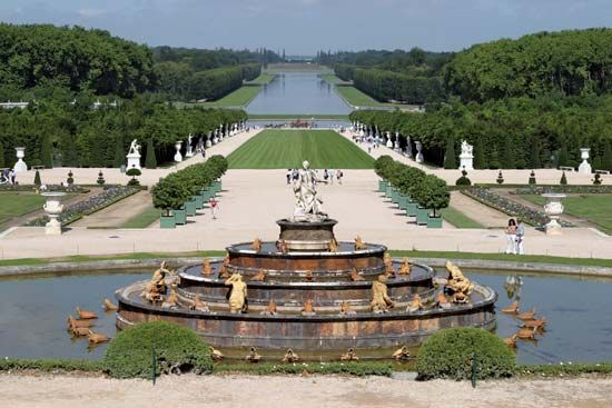 a6c59254aa06d72199f6abab3eba132f - Who Designed The Gardens Of Versailles
