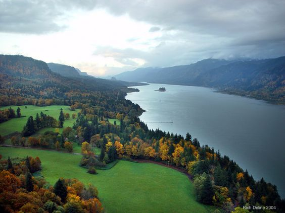 best view of Cape Horn in Washington.