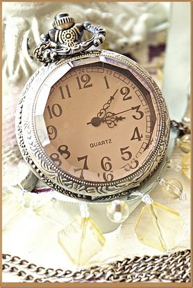 ♥clock/ my sister recently gave me a watch that looks very similar to this. I wear it every chance I get; very olde world.