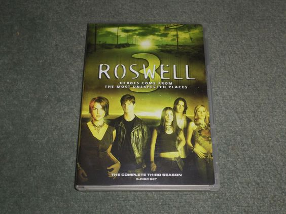 Roswell: Season 3 TV SERIES, 5 Disc DVD Set, WATCHED ONCE, Very Good Shape