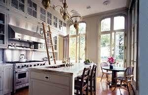 So Vintage: farmhouse kitchen decorating
