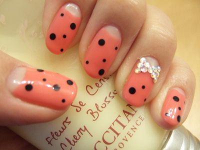 Fashion and Beauty Galore: Polkadot, Naildesign, Nail Design, Half Moon, Nail Art