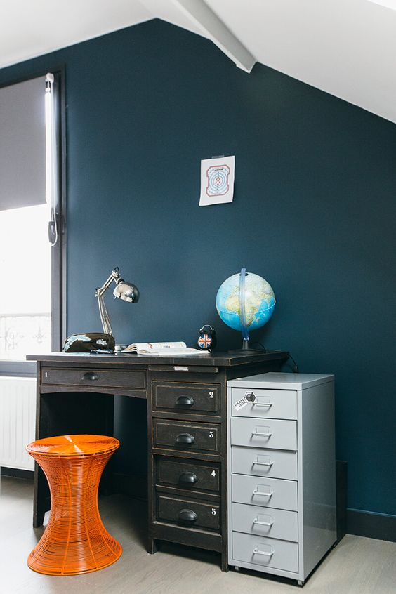nuances de bleu style industriel couleurs de peintures appartements et bleu. Black Bedroom Furniture Sets. Home Design Ideas