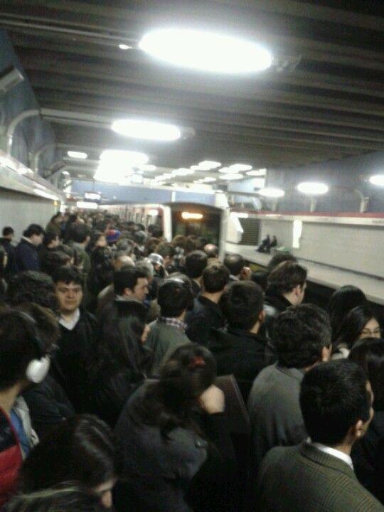 Metro Alcantara... Es de todos los dias a esta misma hora