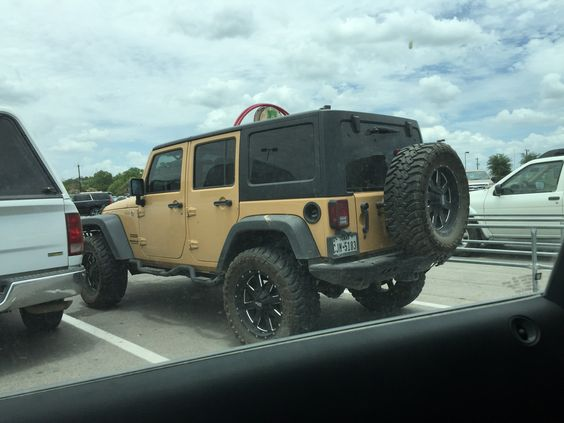 Perfect jeep. I want this!!