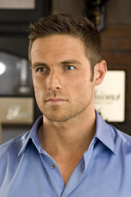 """mancrushoftheday: """"Dylan Bruce #muscle #orphanblack The Man Crush Blog / Facebook / Twitter """" Oh my."""