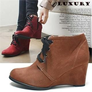 Buy 'Reneve – Lace-Up Wedge Booties' with Free International Shipping at YesStyle.com. Browse and shop for thousands of Asian fashion items from South Korea and more!
