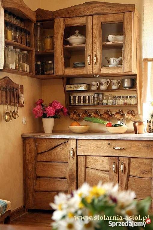 Kuchnia W Starym Stylu Rustykalna Prowansalska Wiejska Rustic Kitchen Cabinets Home Decor Kitchen Small Kitchen Decor
