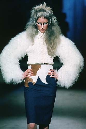 1997-98 - Alexander McQueen show - Jade Parfitt
