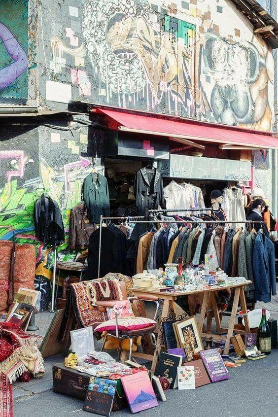 Les Puces Paris City Guide Flea Market Paris Shopping