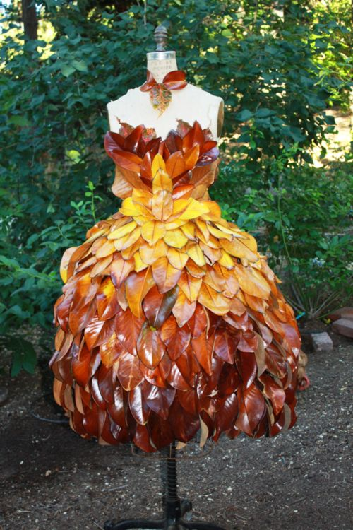 17 best images about wearable dress leaves and dresses Wedding dress with leaf design