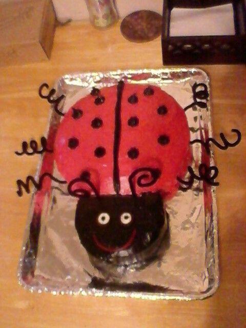 Violet's cake. Age 1.
