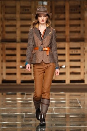 Lion of Porches RTW Portugal FW 2012