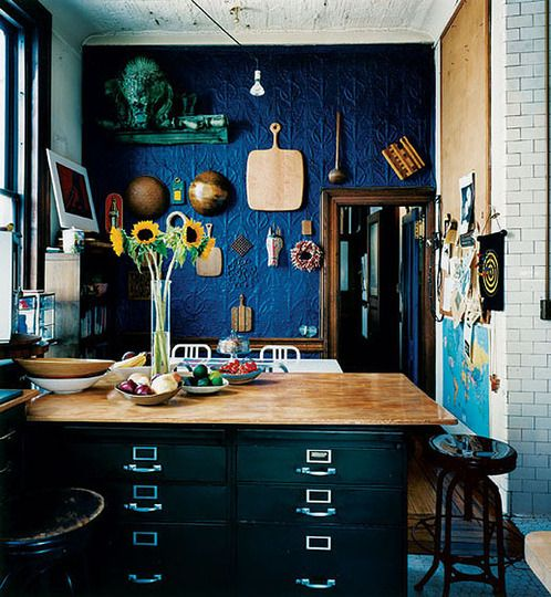 cobalt blue navy walls and cobalt blue kitchens on pinterest