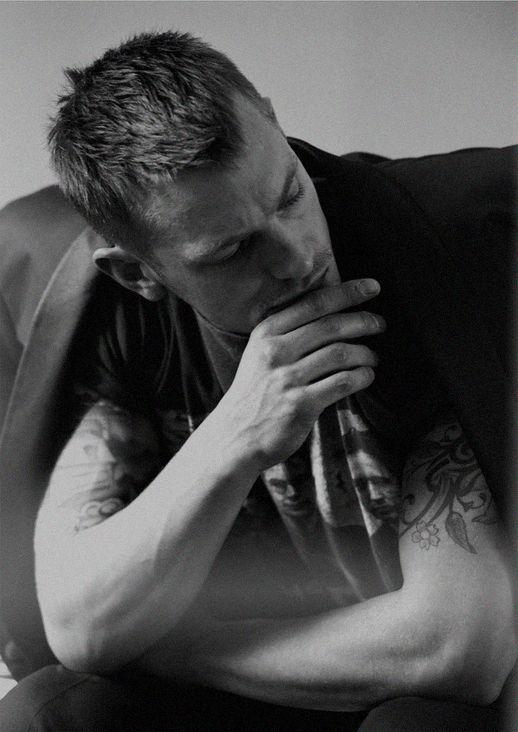 Flawless Joel Kinnaman : Photo