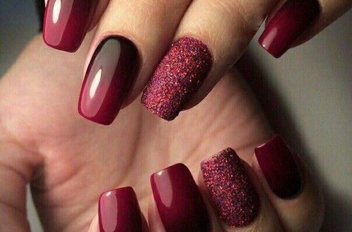 30 Stunning Burgundy Nails Designs That Will Conquer Your Heart Red Acrylic Nails Burgundy Nail Designs Winter Nails Acrylic