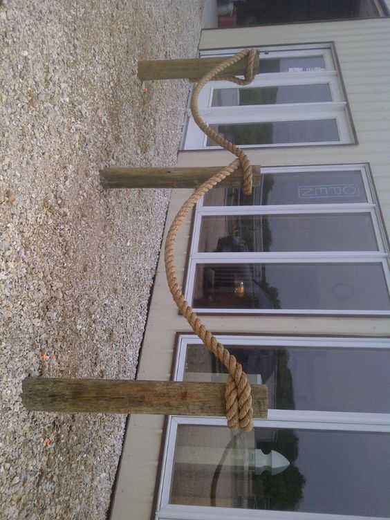 Nautical Rope Fence Use The Post For The Split Rail Fence